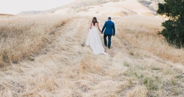 Modern Farmhouse Wedding Inspiration by Alexandra Wallace and A Lovely Creative 27