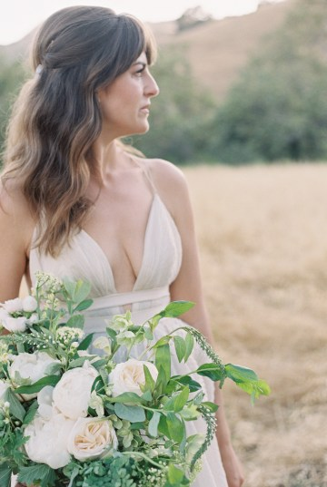 Modern Farmhouse Wedding Inspiration by Alexandra Wallace and A Lovely Creative 32