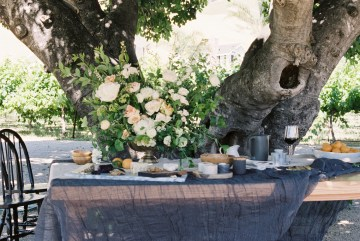 Modern Farmhouse Wedding Inspiration by Alexandra Wallace and A Lovely Creative 39