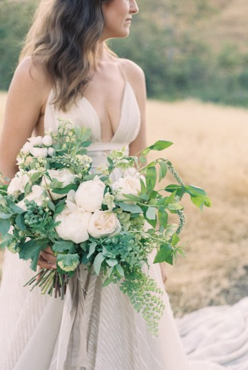 Modern Farmhouse Wedding Inspiration by Alexandra Wallace and A Lovely Creative 40