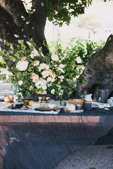 Modern Farmhouse Wedding Inspiration by Alexandra Wallace and A Lovely Creative 42