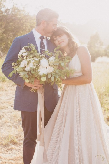 Modern Farmhouse Wedding Inspiration by Alexandra Wallace and A Lovely Creative 65