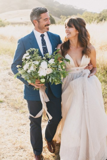 Modern Farmhouse Wedding Inspiration by Alexandra Wallace and A Lovely Creative 69