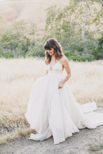 Modern Farmhouse Wedding Inspiration by Alexandra Wallace and A Lovely Creative 71