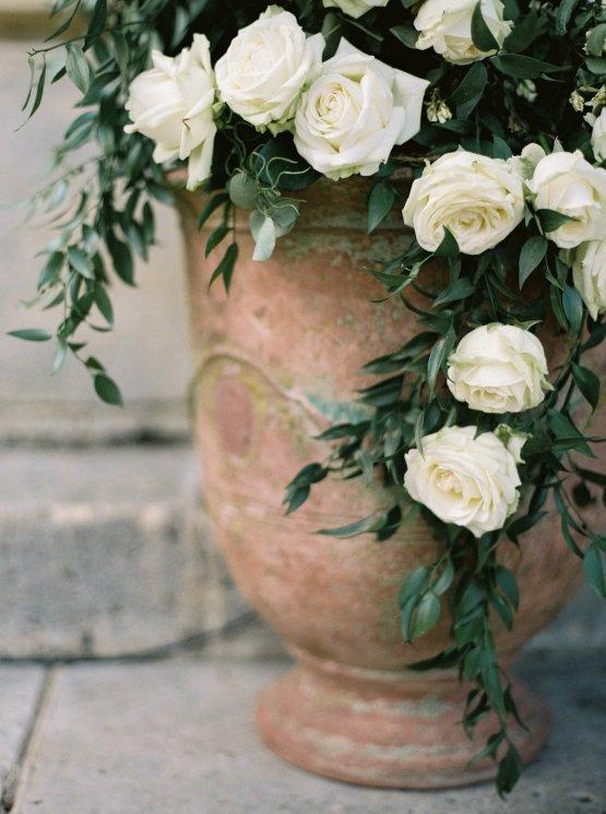 Beautiful & Intimate Fine Art Wedding by Laura Gordon Photography 43