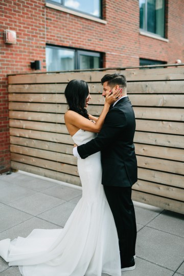 Cool Loft Wedding In New York by Chaz Cruz Photographers 38