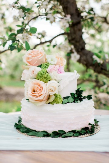 Bright and Colorful Apple Blossom Orchard Wedding Inspiration | Shanell Photography & Mitten Weddings and Events 2