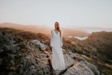 Free-Spirited & Panoramic Boho Wedding Inspiration | Sara Cuadrado and El Ramo Volador 18