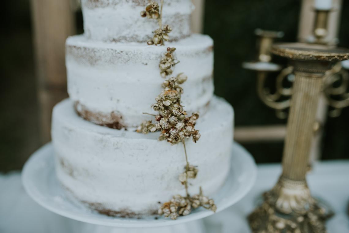 Stunning atmospheric photos of Spanish bohemian wedding inspiration