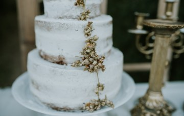 Free-Spirited & Panoramic Boho Wedding Inspiration | Sara Cuadrado and El Ramo Volador 23