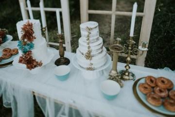 Free-Spirited & Panoramic Boho Wedding Inspiration | Sara Cuadrado and El Ramo Volador 25