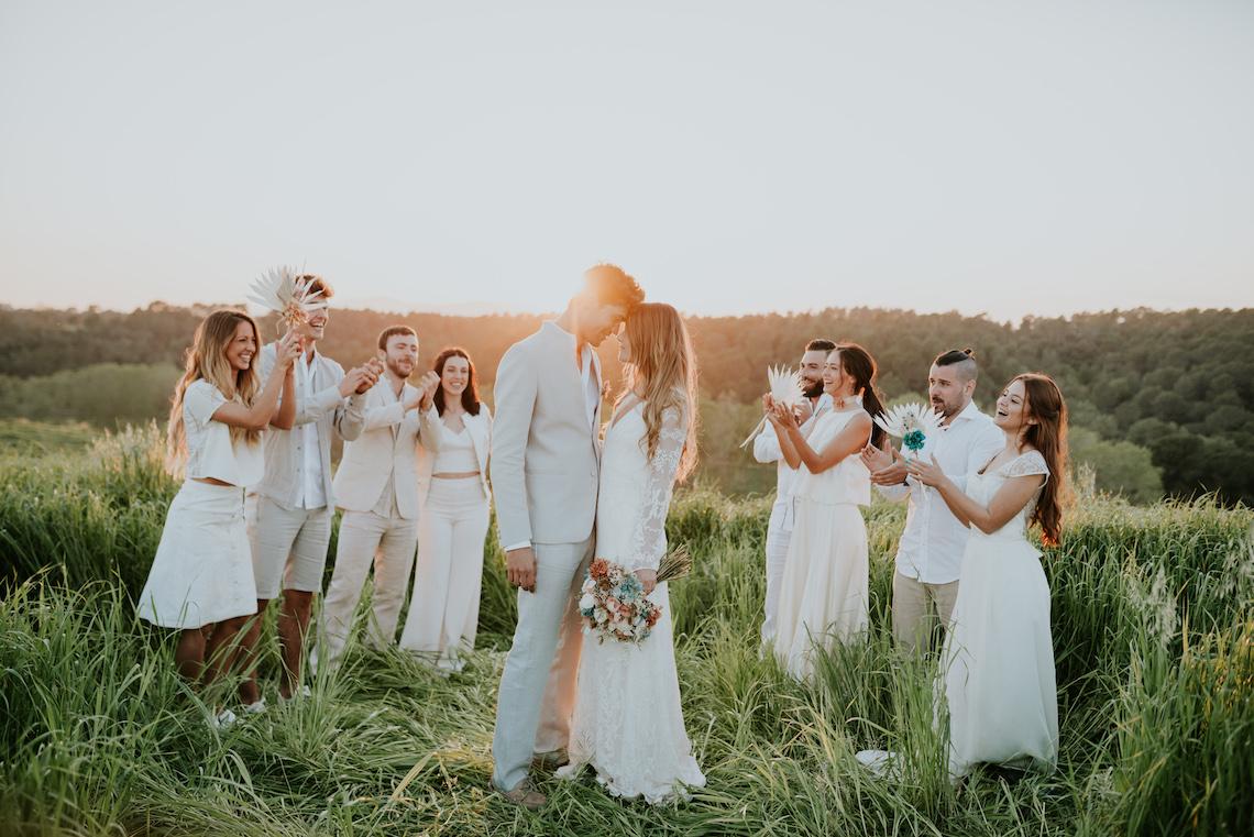 Free-Spirited & Panoramic Boho Wedding Inspiration   Sara Cuadrado and El Ramo Volador 58