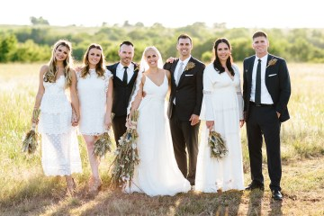 Fun, Scenic, Lakeside Wedding with Dried Floral Bouquets | Studio 1208 23