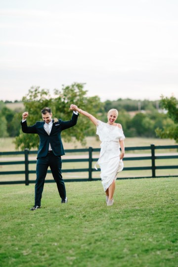 Fun, Scenic, Lakeside Wedding with Dried Floral Bouquets | Studio 1208 88