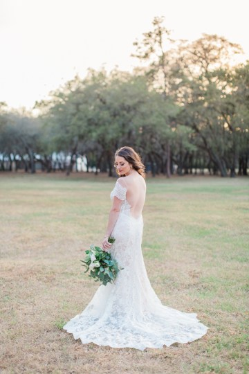 Gilded Florida Farm Wedding with an Adorable Golden Pup | Lauren Galloway Photography 42