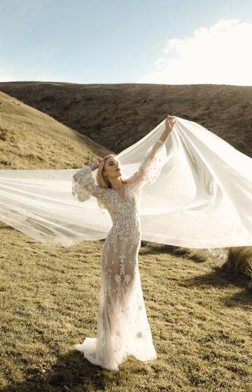 L'eto-Bridal-Gowns-Sydney-Australia-10