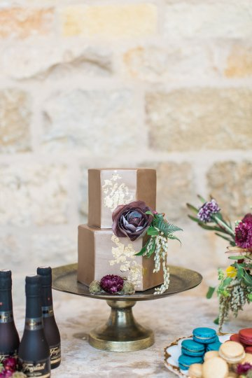Romantic Gold, Grey and Berry Vineyard Wedding Inspiration | Jenny Quicksall & An Enlightened Event 23