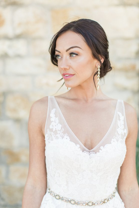 Romantic Gold, Grey and Berry Vineyard Wedding Inspiration | Jenny Quicksall & An Enlightened Event 35