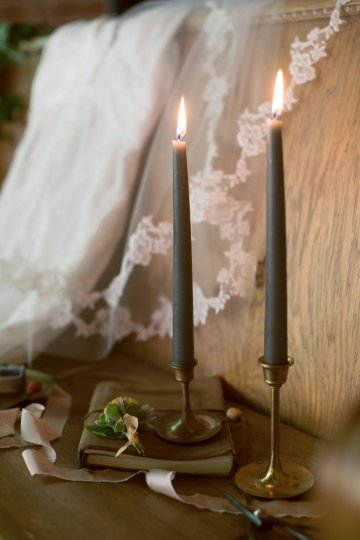 Romantic Candlelit Wedding Inspiration Full of Drama | Megan Wynn 28