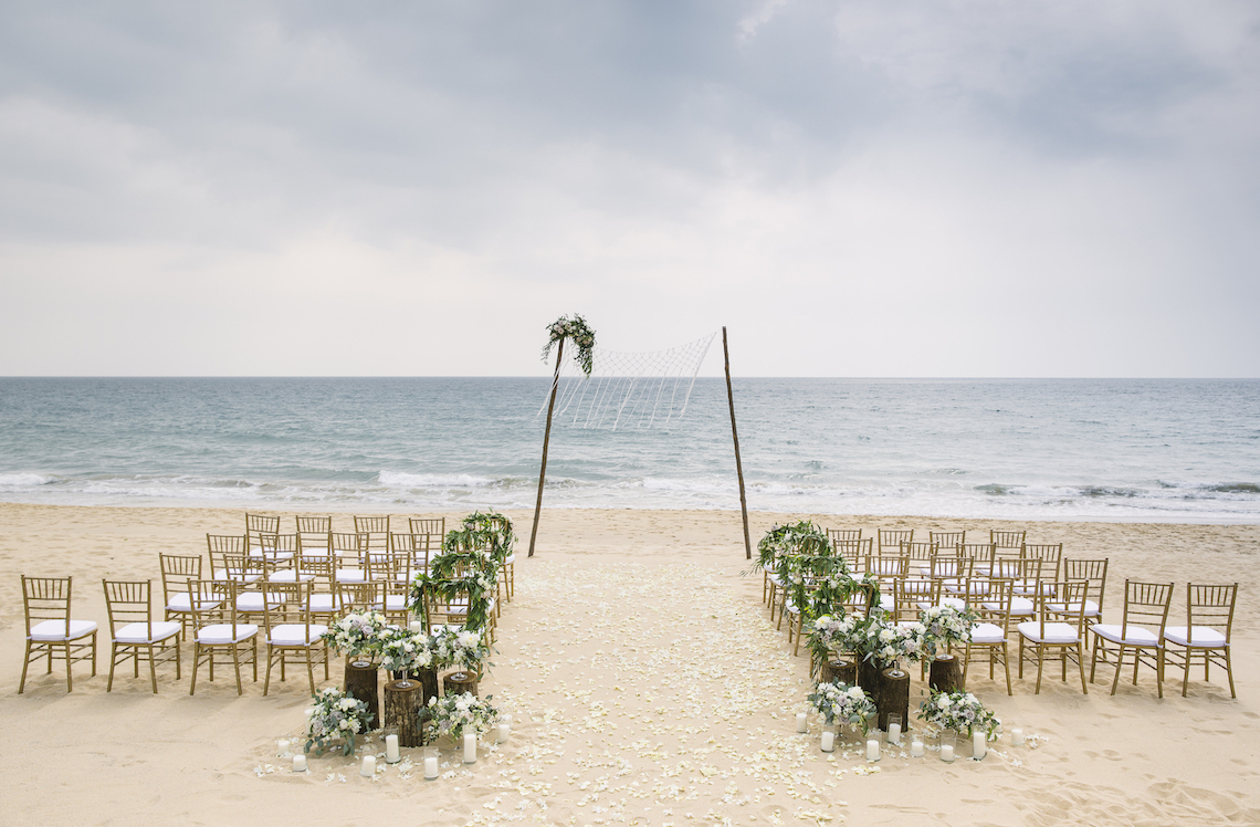 The Dreamiest Sunset Beach Wedding in Thailand | Darin Images 5