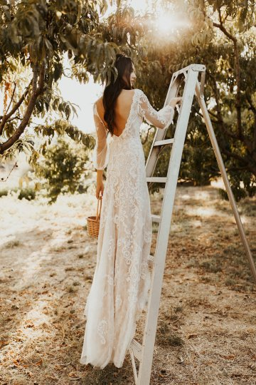 The Luxurious & Bohemian Ember Dusk Spring 2018 Collection from Tara Lauren | Anni Graham 33