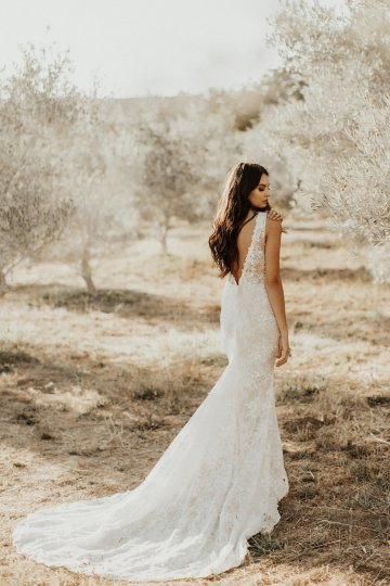The Luxurious & Bohemian Ember Dusk Spring 2018 Collection from Tara Lauren | Anni Graham 38