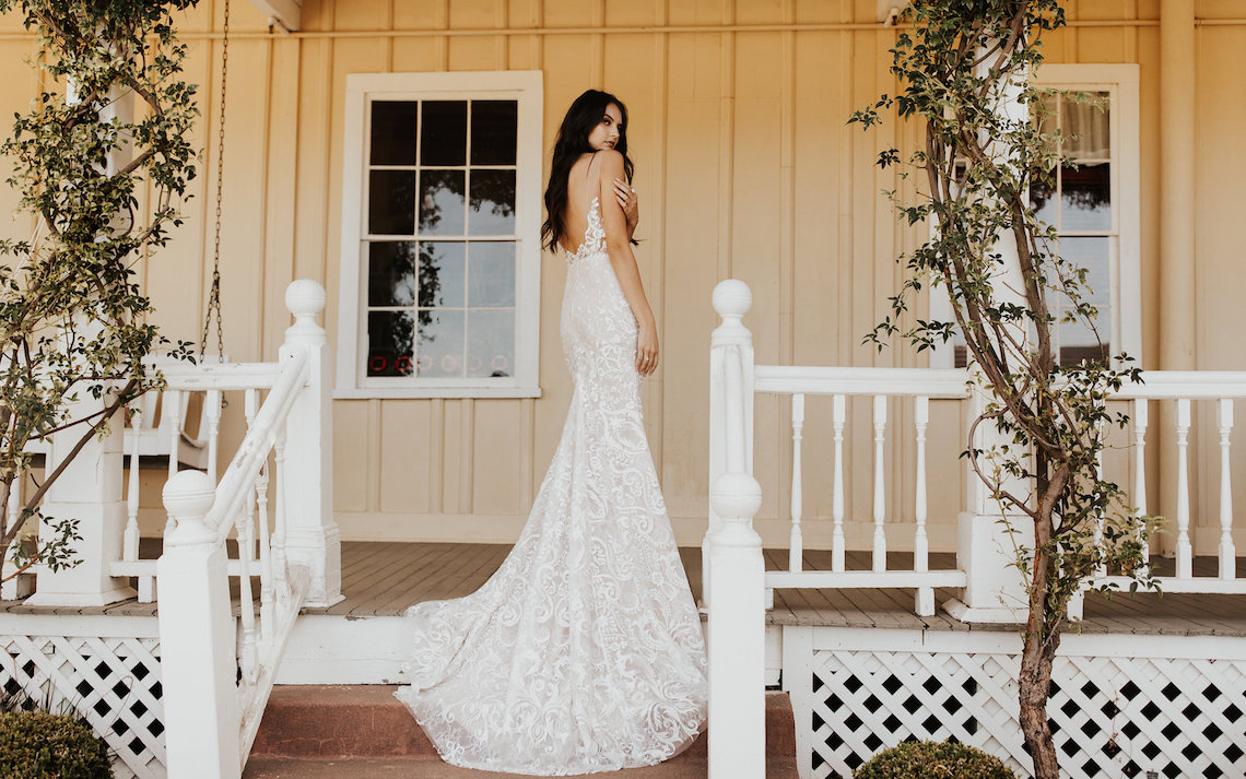 The Luxurious & Bohemian Ember Dusk Spring 2018 Collection from Tara Lauren | Anni Graham 45