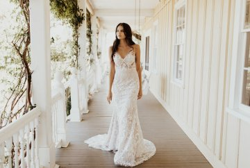 The Luxurious & Bohemian Ember Dusk Spring 2018 Collection from Tara Lauren | Anni Graham 46