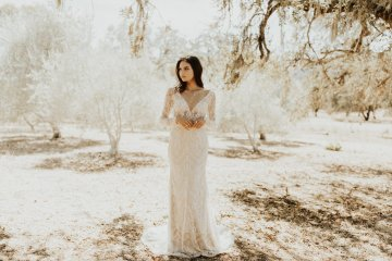 The Luxurious & Bohemian Ember Dusk Spring 2018 Collection from Tara Lauren | Anni Graham 54