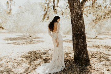 The Luxurious & Bohemian Ember Dusk Spring 2018 Collection from Tara Lauren | Anni Graham 56