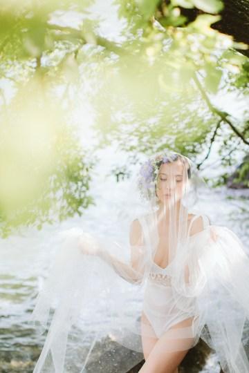 Calm, Ethereal & Romantic Lake Como Wedding Inspiration | Valentina Operandi 11