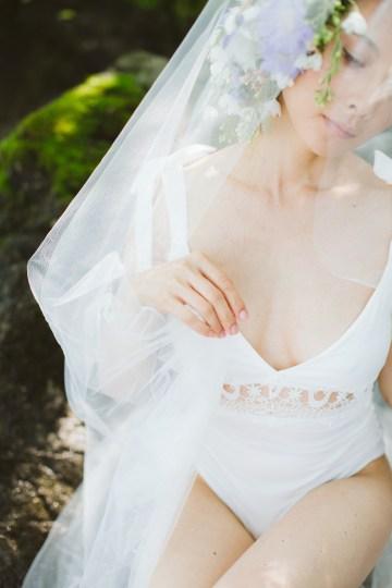 Calm, Ethereal & Romantic Lake Como Wedding Inspiration | Valentina Operandi 12