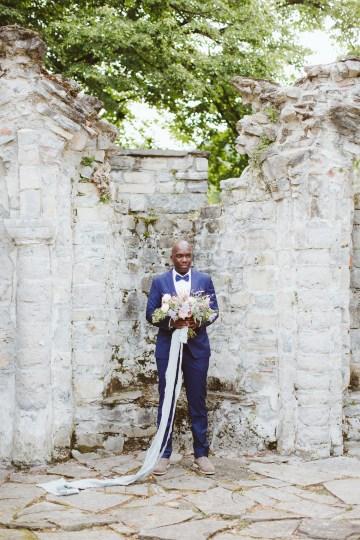 Calm, Ethereal & Romantic Lake Como Wedding Inspiration | Valentina Operandi 33