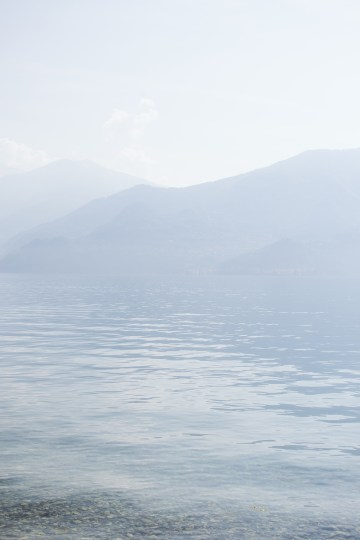 Calm, Ethereal & Romantic Lake Como Wedding Inspiration | Valentina Operandi 6