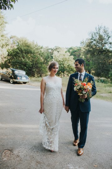 Colorful & Eclectic Americana Wedding in Texas | Amber Vickery Photography 43