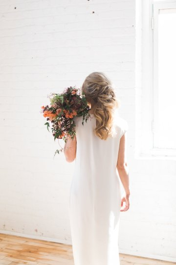 Light & Modern Wedding Inspiration With Cool Modest Gowns | Sons and Daughters Photography 30