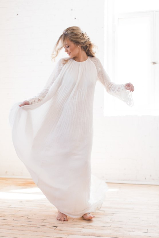 Light & Modern Wedding Inspiration With Cool Modest Gowns | Sons and Daughters Photography 38