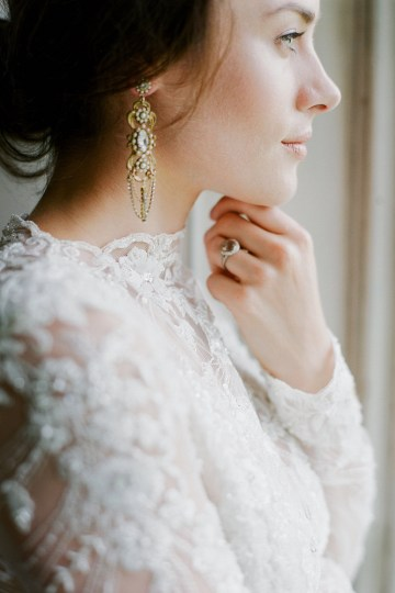 Opulent Wedding Romance In A Historic English Estate | Taylor and Porter 32