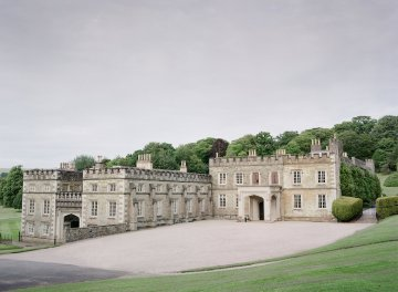 Opulent Wedding Romance In A Historic English Estate | Taylor and Porter 65