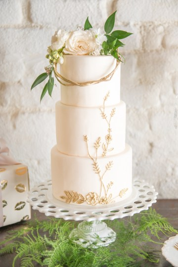 Gorgeous Buttercream & Ivory Wedding Inspiration | Anna + Mateo 3