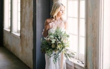 Luxurious Green & Gold Boho Wedding Inspiration