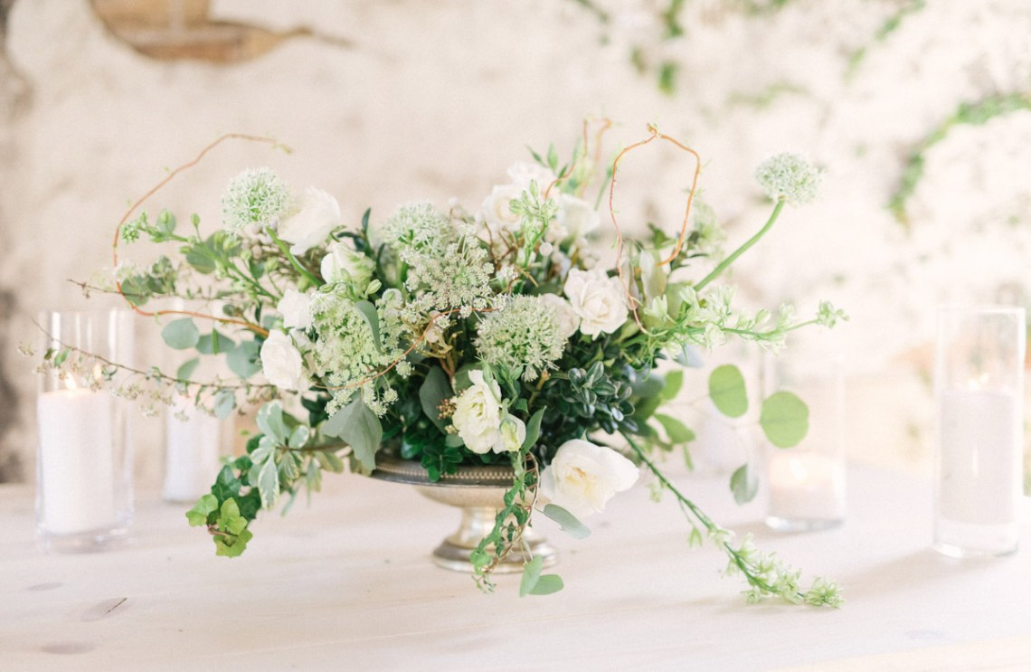 Luxurious Green & Gold Wedding Inspiration | Saje Photography 53