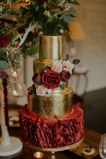 Luxurious Red & Green Wedding Inspiration Featuring A Glam Black Gown | Jamie Sia Photography 26