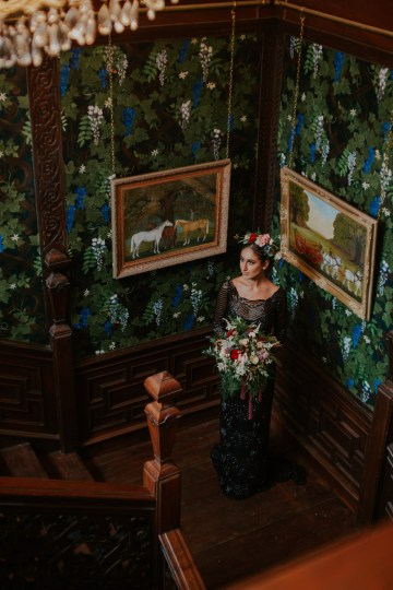 Luxurious Red & Green Wedding Inspiration Featuring A Glam Black Gown | Jamie Sia Photography 35