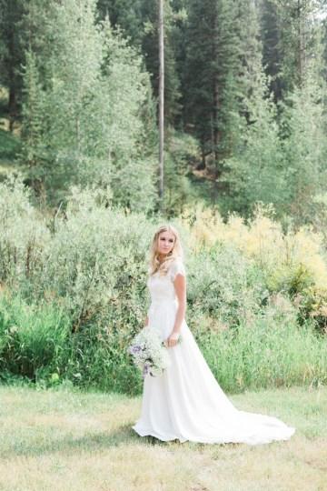 Rustic Montana Ranch Wedding | Emily Blumberg Photography 27
