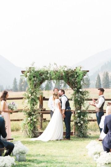 Rustic Montana Ranch Wedding | Emily Blumberg Photography 39