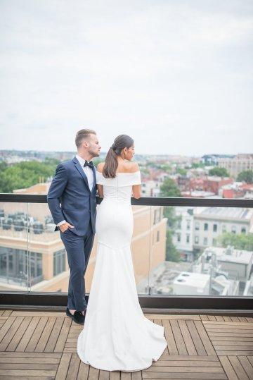 Classy Modern Rooftop Wedding Inspiration | Anna + Mateo Photography 4