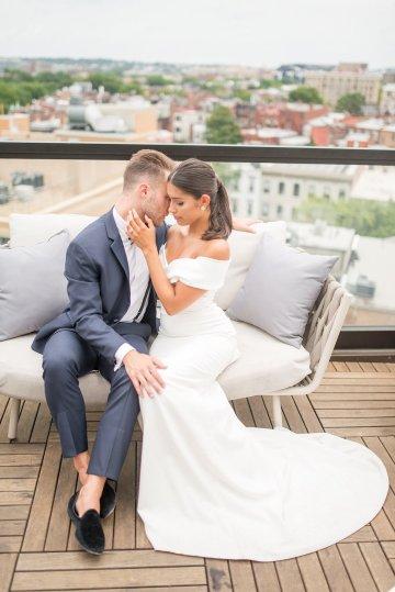Classy Modern Rooftop Wedding Inspiration | Anna + Mateo Photography 8