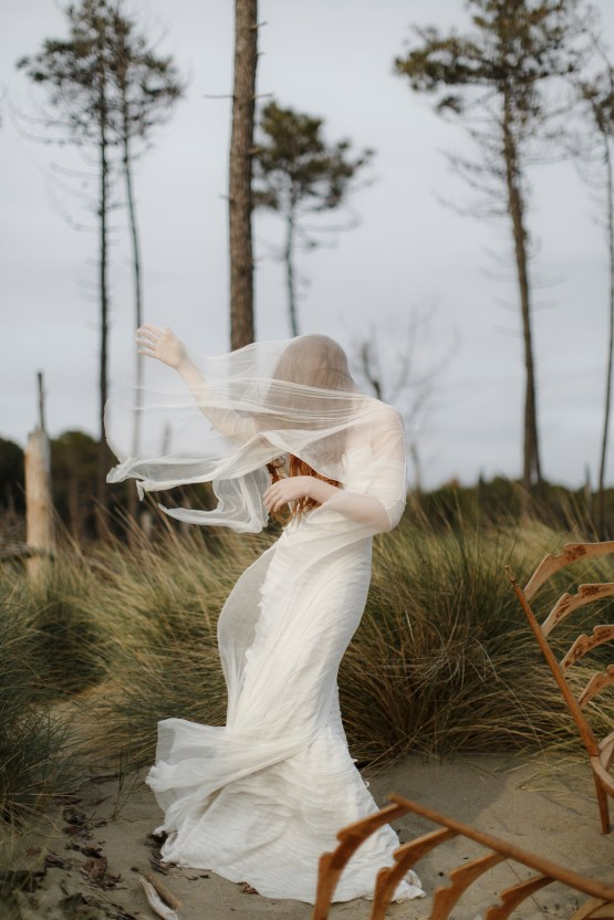 Driftwood & Seagrass, Seaside Boho Wedding Inspiration | Monica Leggio 11