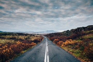 Iceland Lovers Roadtrip; An Adventurous Honeymoon Guide | Maximilian Photography 10